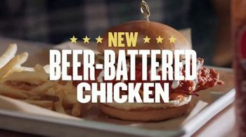 Buffalo Wild Wings Beer-Battered Chicken TV Spot, 'Better With Beer' - Thumbnail 4