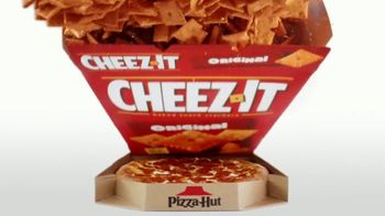 Pizza Hut Stuffed Cheez-It Pizza TV Spot, 'You're Welcome' - Thumbnail 5