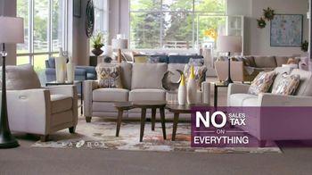 La-Z-Boy Flash Sale TV Spot, 'Furniture, Accessories and More' - Thumbnail 7