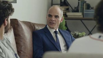 Supercuts TV Spot, 'Shave It Off' Featuring Michael Kelly - Thumbnail 5