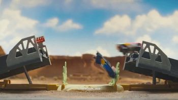Disney Pixar Cars XRS Drag Racing Playset TV Spot, 'Cool Flames' - Thumbnail 6