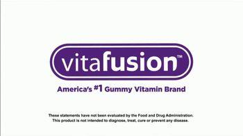 VitaFusion Organic Gummy Vitamins TV Spot, 'Ion: Farmer's Market' Featuring Lauren O'Quinn - Thumbnail 10