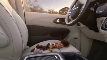 Chrysler Fourth of July Sales Event TV Spot, 'Toy Story 4: Dance Party' [T1]