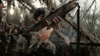Remington V3 Waterfowl Pro TV Spot. 'Its Only Limits Are Yours' - Thumbnail 2