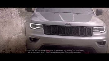 Jeep Fourth of July Sales Event TV Spot, 'Same Time' Song by This Will Destroy You [T1] - Thumbnail 7