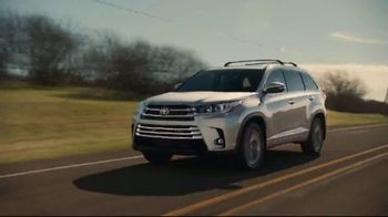 2019 Toyota Highlander TV Spot, 'Best Seats in the House' [T2] - Thumbnail 1
