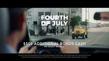 Jeep Fourth of July Sales Event TV Spot, 'Bloodline' Song by Dermot Kennedy [T1] - Thumbnail 9