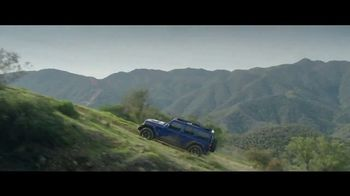 Jeep Fourth of July Sales Event TV Spot, 'Bloodline' Song by Dermot Kennedy [T1] - Thumbnail 5