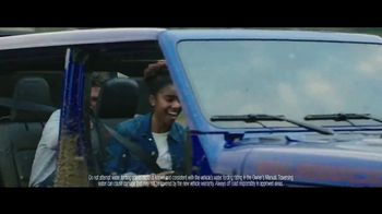 Jeep Fourth of July Sales Event TV Spot, 'Bloodline' Song by Dermot Kennedy [T1] - Thumbnail 7
