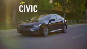 2019 Honda Civic TV Spot, 'Unforgettable Summer: One Tank Trips Sweepstakes' [T2] - Thumbnail 5
