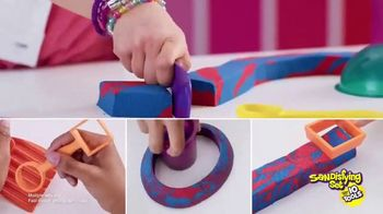 Kinetic Sand Sandisfying Set TV Spot, 'Comes With Ten Tools' - Thumbnail 8