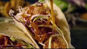 Long John Silver's Taco Combo TV Spot, 'Oh Fishmas Sea' - Thumbnail 4