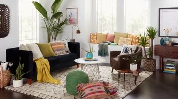 Overstock.com TV Spot, 'HGTV: Breathe Life Into Your Home' - Thumbnail 3