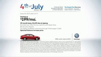 Volkswagen 4th of July Deals TV Spot, 'Fun Out' [T2] - Thumbnail 6