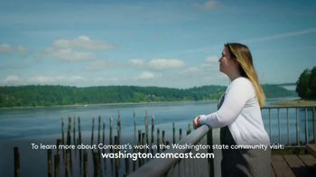 Comcast Corporation TV Spot, 'Leaders and Achievers Scholarship' - Thumbnail 6