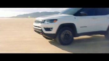 Jeep Fourth of July Sales Event TV Spot, 'Where You Want to Go' [T1] - Thumbnail 7