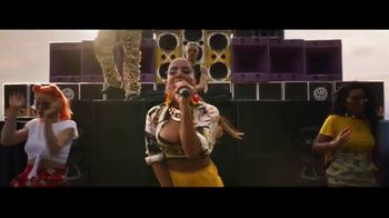 Bacardi TV Spot, 'Make It Hot' Featuring Major Lazer, Anitta - Thumbnail 8