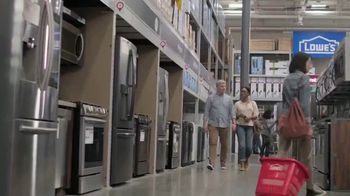 Lowe's July 4th Savings TV Spot, 'Happy Hunting: Whirlpool Refrigerator' - Thumbnail 3
