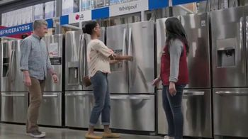 Lowe's July 4th Savings TV Spot, 'Happy Hunting: Whirlpool Refrigerator' - Thumbnail 5