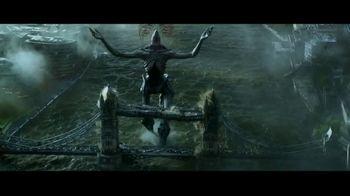 Hellboy Home Entertainment TV Spot - Thumbnail 9