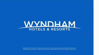 Wyndham Worldwide TV Spot, 'There's a Chance You're About 10 Minutes from a Hotel' - Thumbnail 10