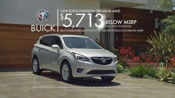 2019 Buick Envision TV Spot, 'Groceries' Song by Matt and Kim [T2] - Thumbnail 9