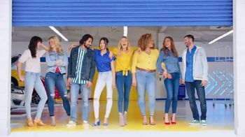 Old Navy TV Spot, 'Denim Tune Up: 50 Percent Off' Song by Kaskade - Thumbnail 9
