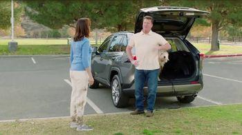 2019 Toyota RAV4 TV Spot, 'Room for the Doghouse' [T2] - Thumbnail 4