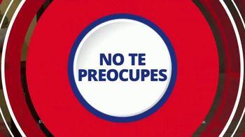 Rent-A-Center TV Spot, 'Las cosas pasan, pero Rent-A-Center ¡te resuelve!' [Spanish] - Thumbnail 4