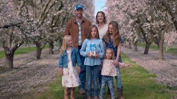 Almond Breeze TV Spot, 'Grower Daughters'