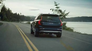 Volvo XC90 TV Spot, 'Most Awarded Luxury SUV Of The Century' [T1] - Thumbnail 2