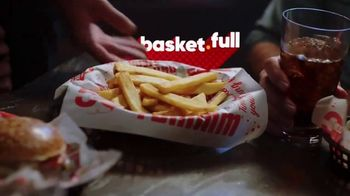 Red Robin TV Spot, 'The Joy of Bottomless Steak Fries' - Thumbnail 9