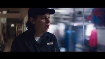 Toyota Corolla TV Spot, 'Rainy Day' Song by Chaka Khan [T2]