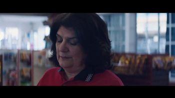 Toyota Corolla TV Spot, 'Rainy Day' Song by Chaka Khan [T2] - Thumbnail 5