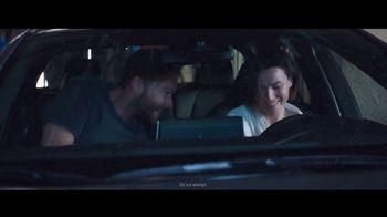 Toyota Corolla TV Spot, 'Rainy Day' Song by Chaka Khan [T2] - Thumbnail 6