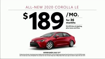 2020 Toyota Corolla TV Spot, 'Rainy Day' Song by Chaka Khan [T1] - Thumbnail 8