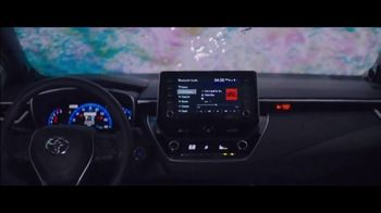 2020 Toyota Corolla TV Spot, 'Rainy Day' Song by Chaka Khan [T1] - Thumbnail 4