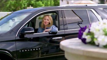 Chevrolet Traverse TV Spot, 'Escaped to Ojai' Featuring Erica Olsen [T2] - Thumbnail 7