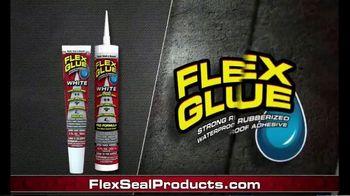 Flex Glue Clear TV Spot, 'Rubberized Glue:Tractor' - Thumbnail 10