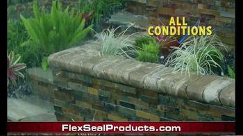 Flex Glue Clear TV Spot, 'Rubberized Glue:Tractor' - Thumbnail 4