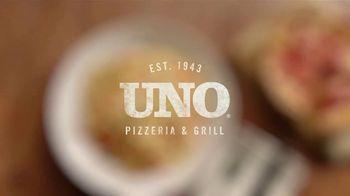 Uno Pizzeria & Grill UNO Now, UNO Later TV Spot, 'Wrestling' - Thumbnail 5