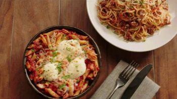 Uno Pizzeria & Grill UNO Now, UNO Later TV Spot, 'Wrestling' - Thumbnail 6