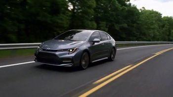 Toyota TV Spot, 'Golden Coast' [T2] - Thumbnail 3