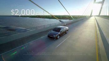 Toyota TV Spot, 'Golden Coast' [T2] - Thumbnail 7
