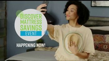Ashley HomeStore Discover Mattress Savings Event TV Spot, 'Chime and Tempur-Pedic' - Thumbnail 3
