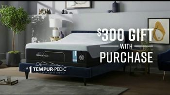 Ashley HomeStore Discover Mattress Savings Event TV Spot, 'Chime and Tempur-Pedic' - Thumbnail 6