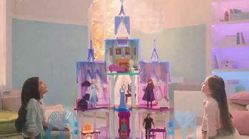Disney Frozen 2 Ultimate Arendelle Castle TV Spot, 'Explore the Castle' - Thumbnail 4