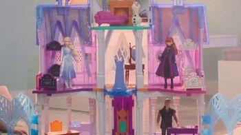 Disney Frozen 2 Ultimate Arendelle Castle TV Spot, 'Explore the Castle' - Thumbnail 5