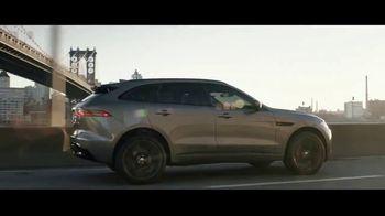 2019 Jaguar F-PACE TV Spot, 'Julia & Aaron' [T1] - Thumbnail 9