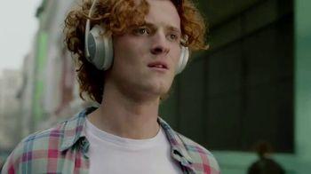 Bose Noise Cancelling Headphones 700 TV Spot, 'Haircut: Alexa' Song by Genesis Owusu